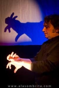 Teatro de Sombras - Jose-Diego mano conejo